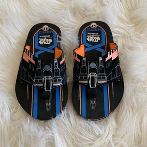 Stride Rite Star Wars flip flops